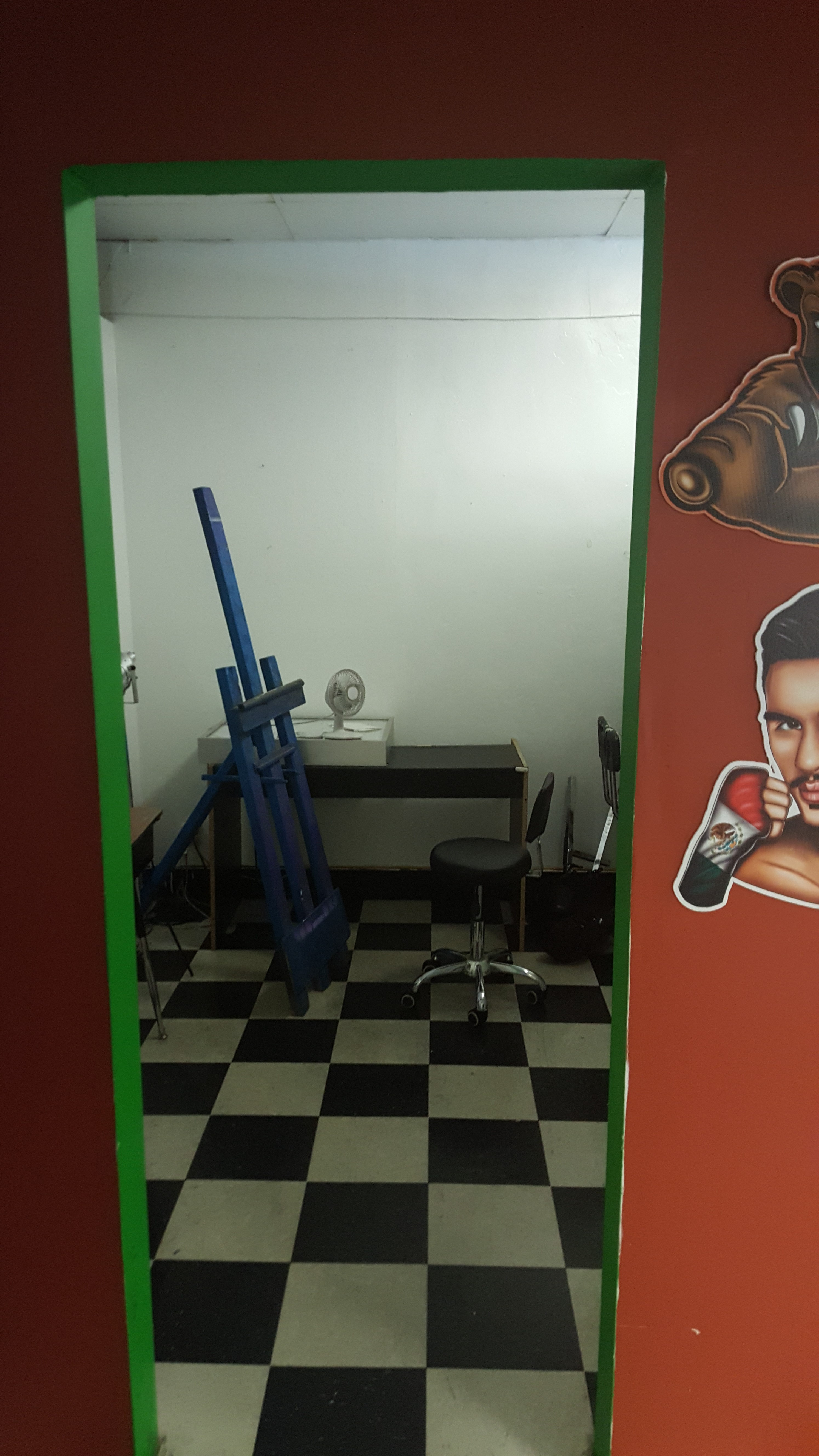 Tattoo Removal Room